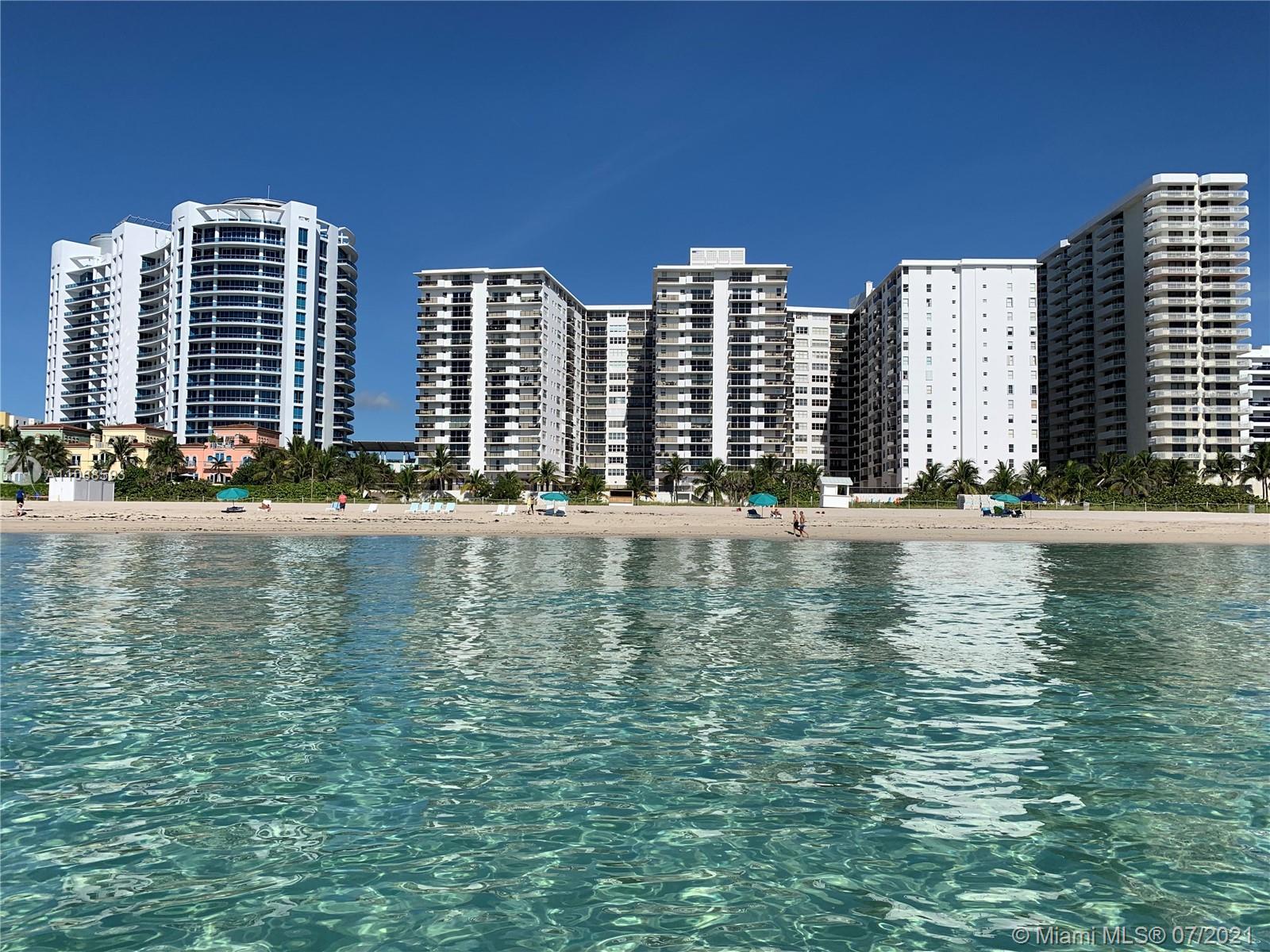 Maison Grande #826 - 6039 Collins Ave #826, Miami Beach, FL 33140