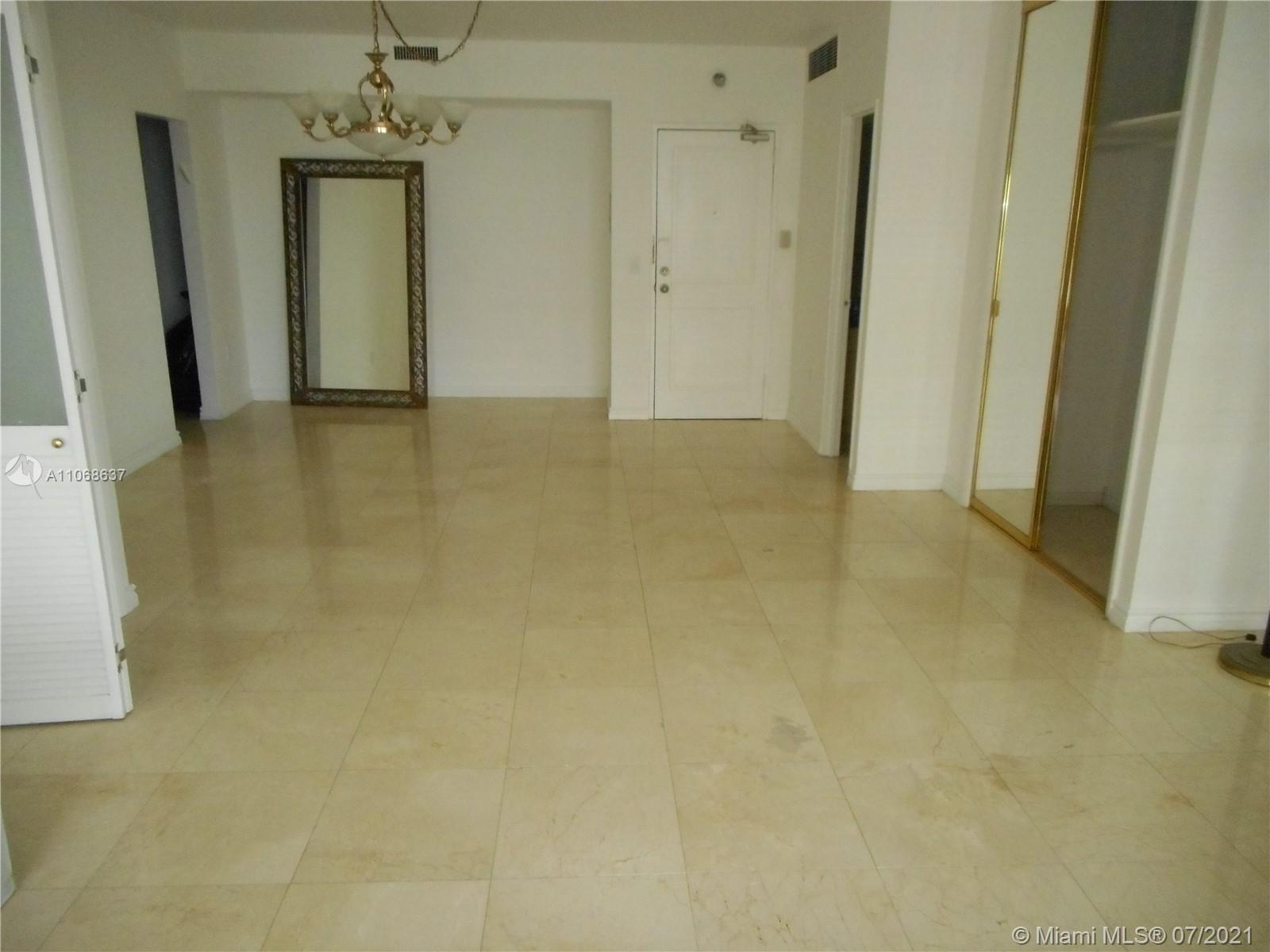 10185 Collins Ave #1022 photo06