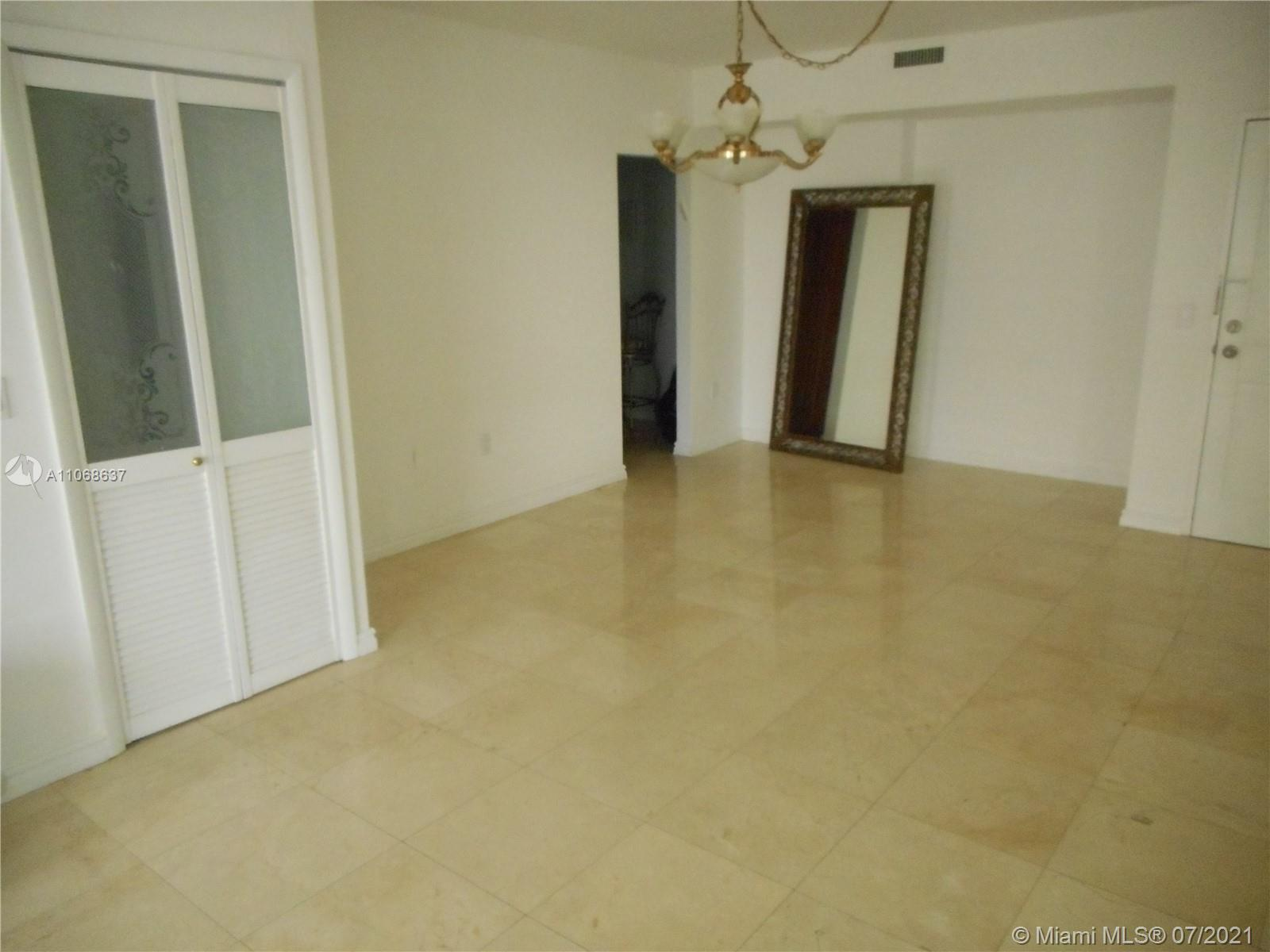 10185 Collins Ave #1022 photo08
