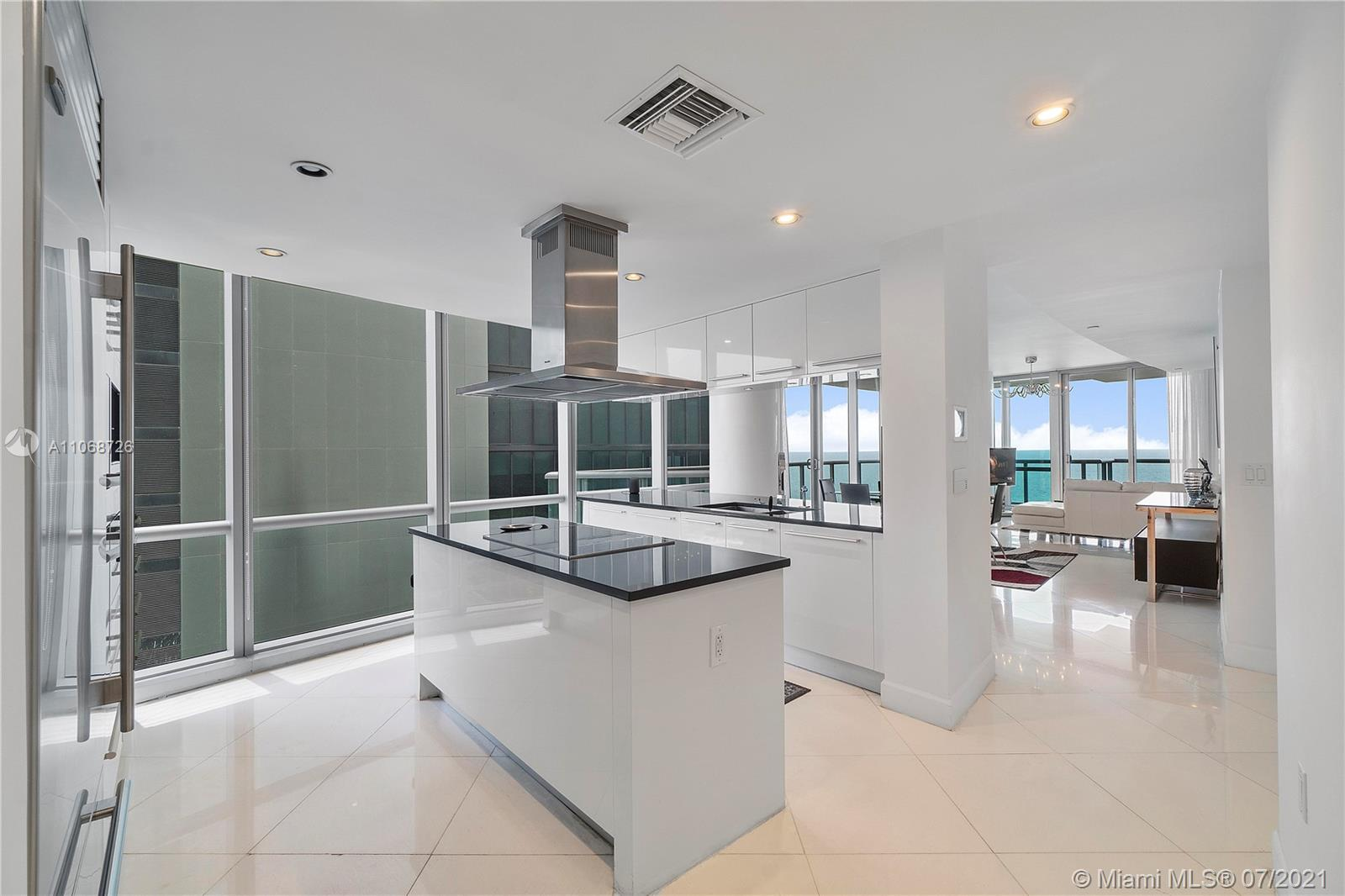 17121 Collins Ave #2108 photo020