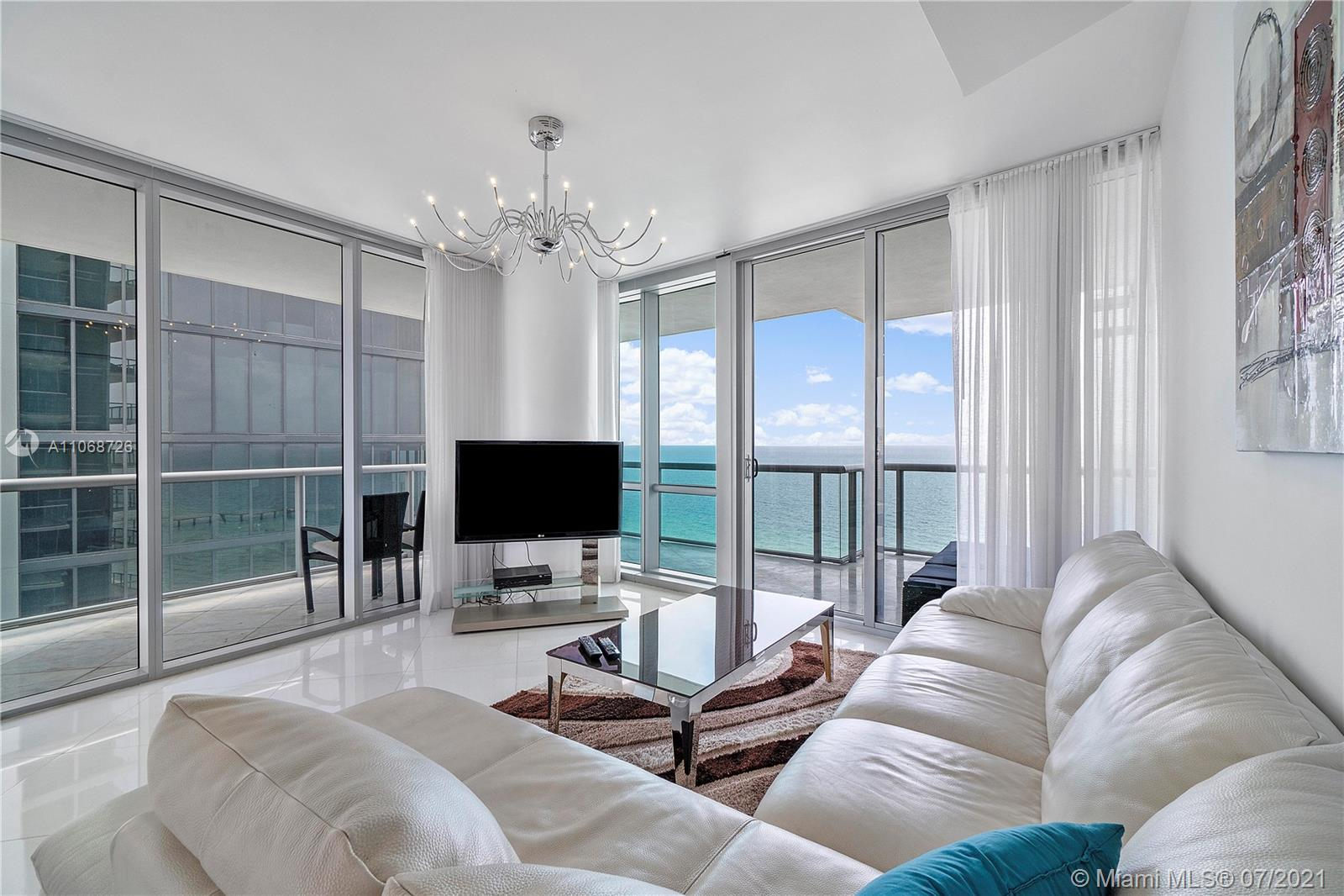17121 Collins Ave #2108 photo021