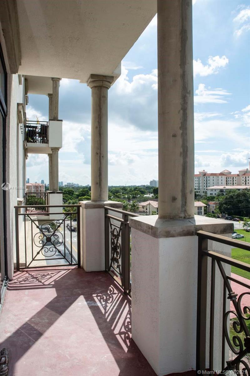 Ponce Tower #613 - 17 - photo