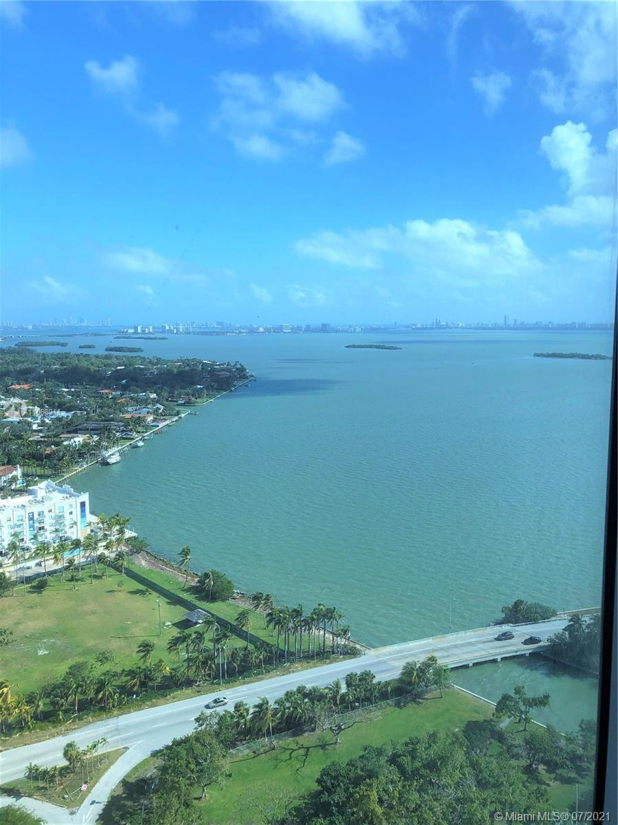 Blue on the Bay #2903 - 08 - photo