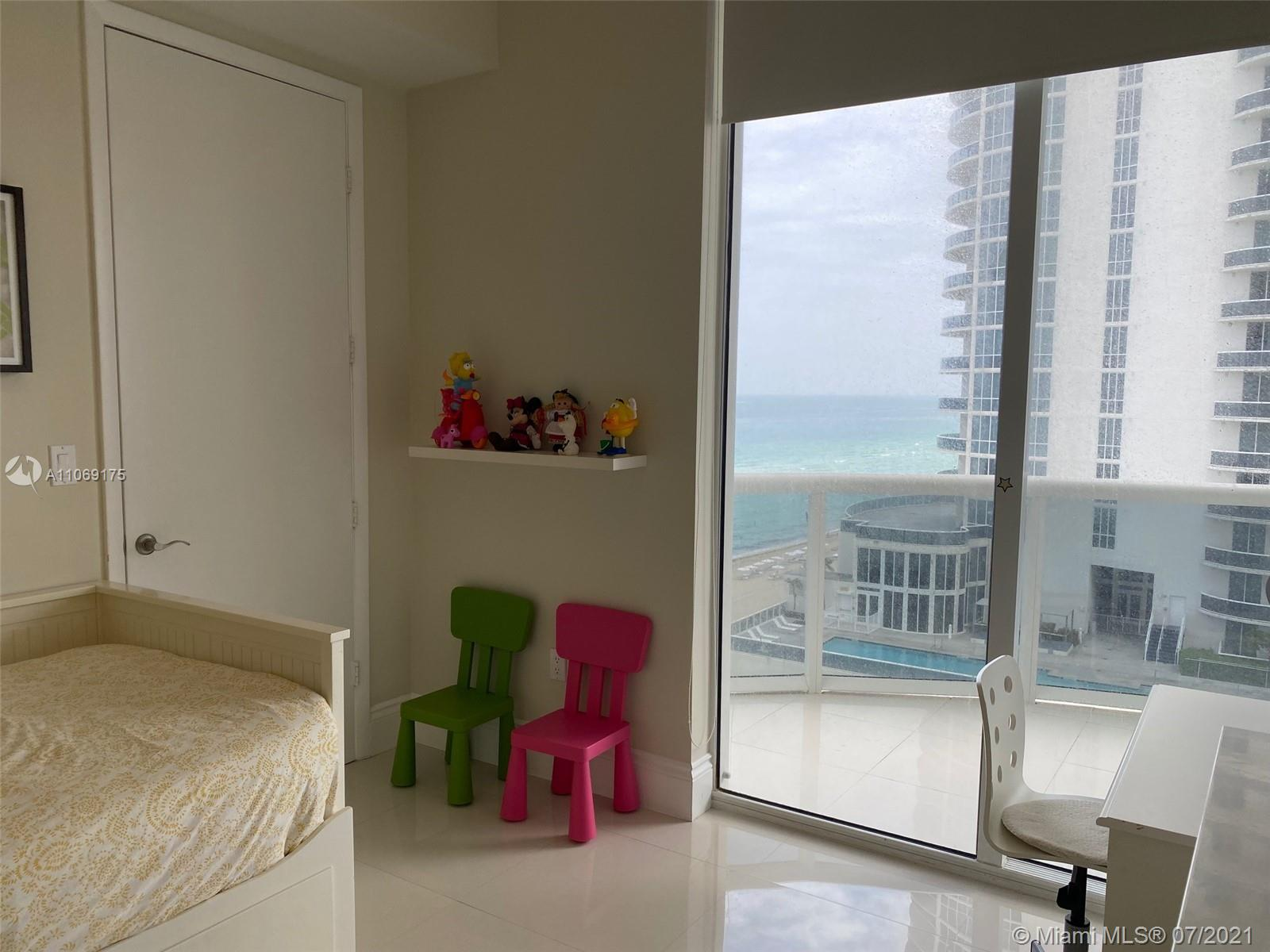 16001 Collins Ave #902 photo016