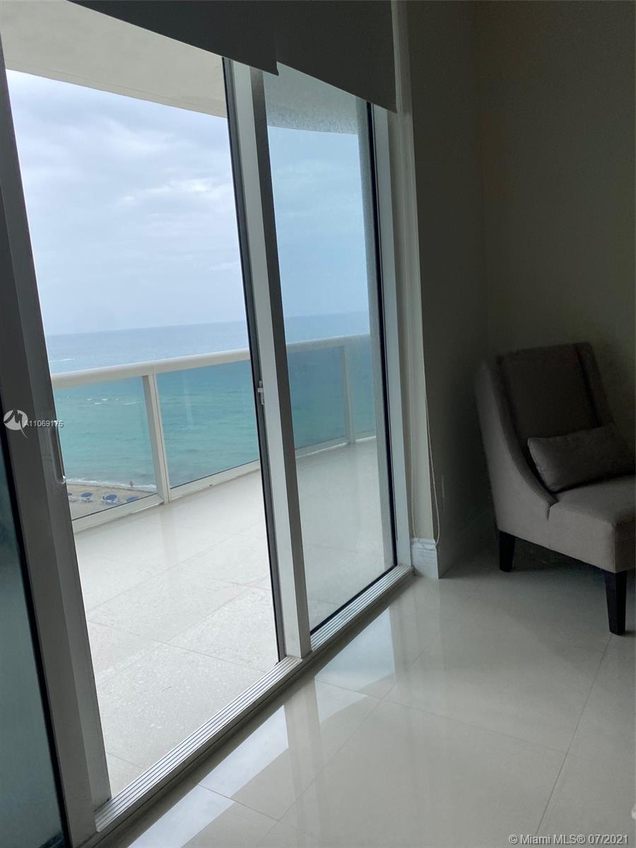 16001 Collins Ave #902 photo025