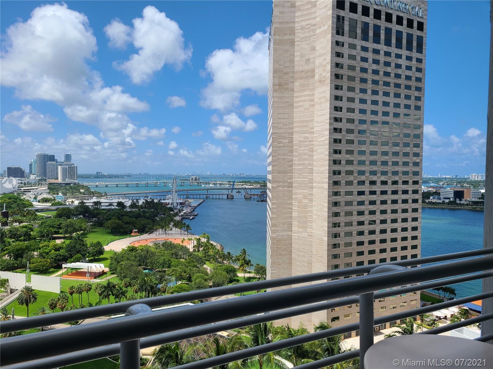 One Miami #3120 - 02 - photo
