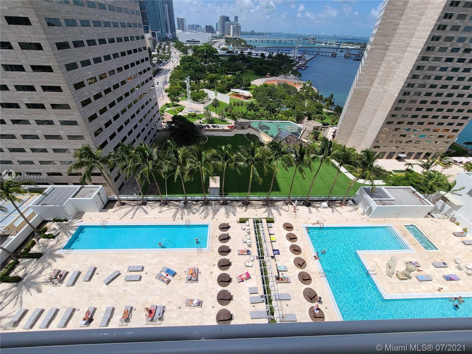 One Miami #3120 - 03 - photo