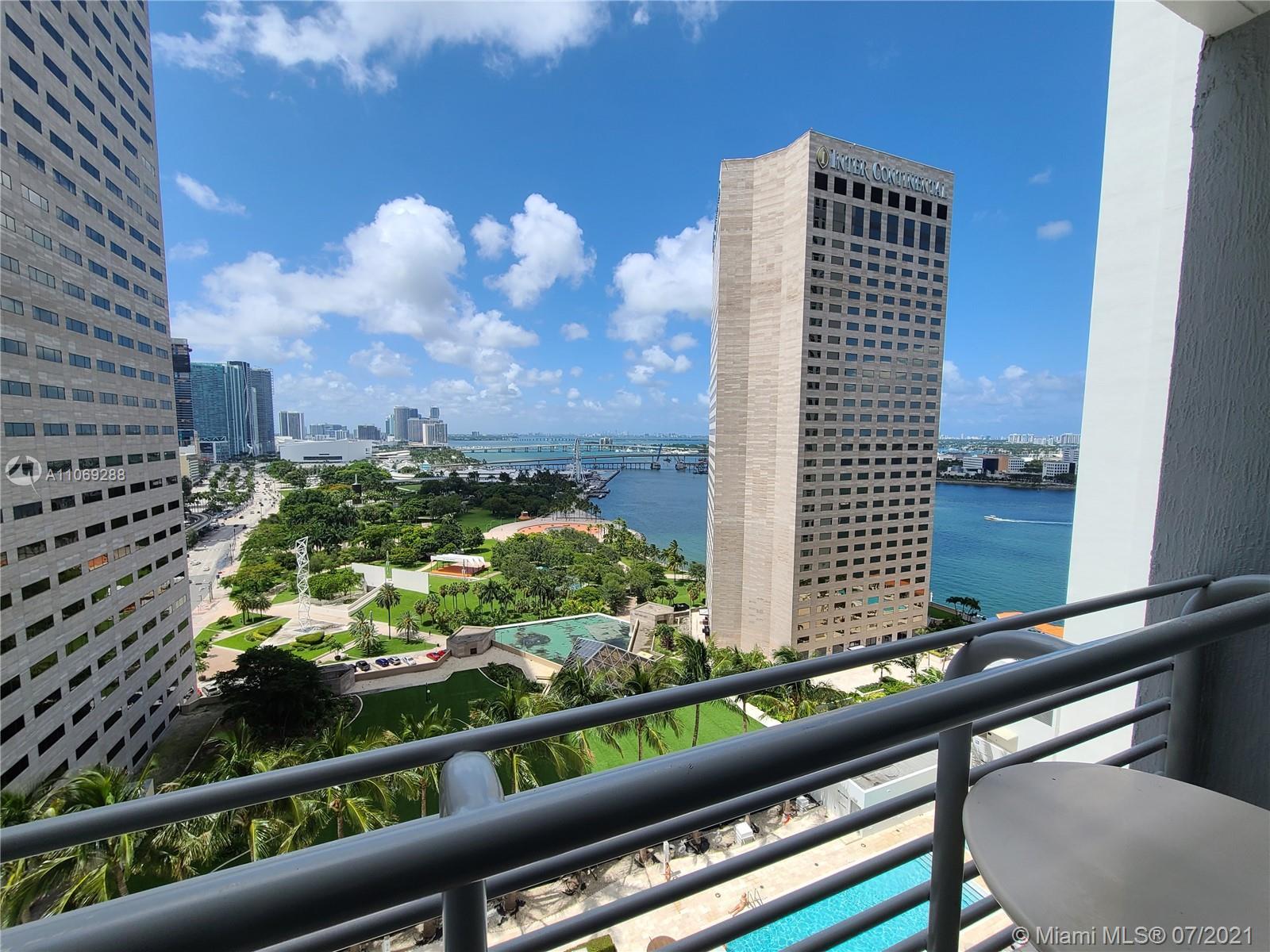 One Miami #3120 - 01 - photo