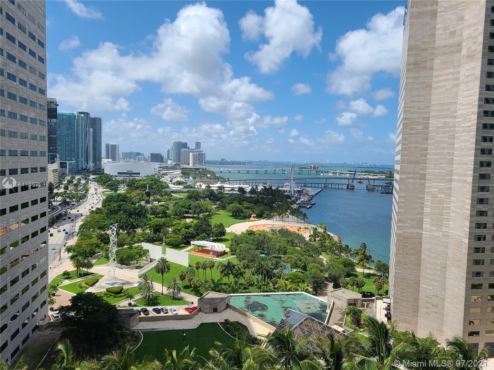 One Miami #3120 - 04 - photo