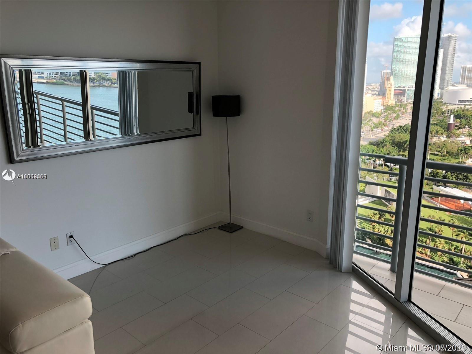 One Miami #2202 - 07 - photo