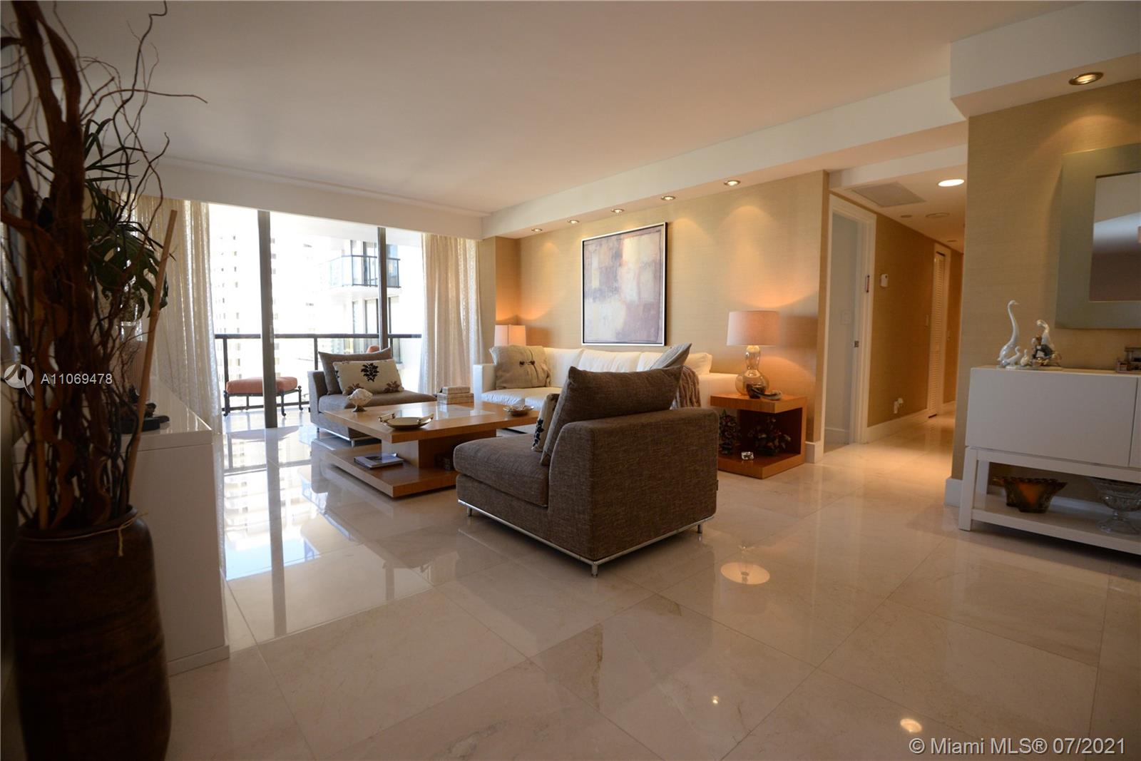Turnberry Isle South Tower #17F - 19667 Turnberry Way #17F, Aventura, FL 33180