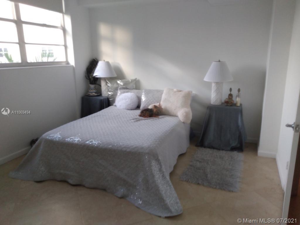 Residences on Hollywood #431 - 12 - photo