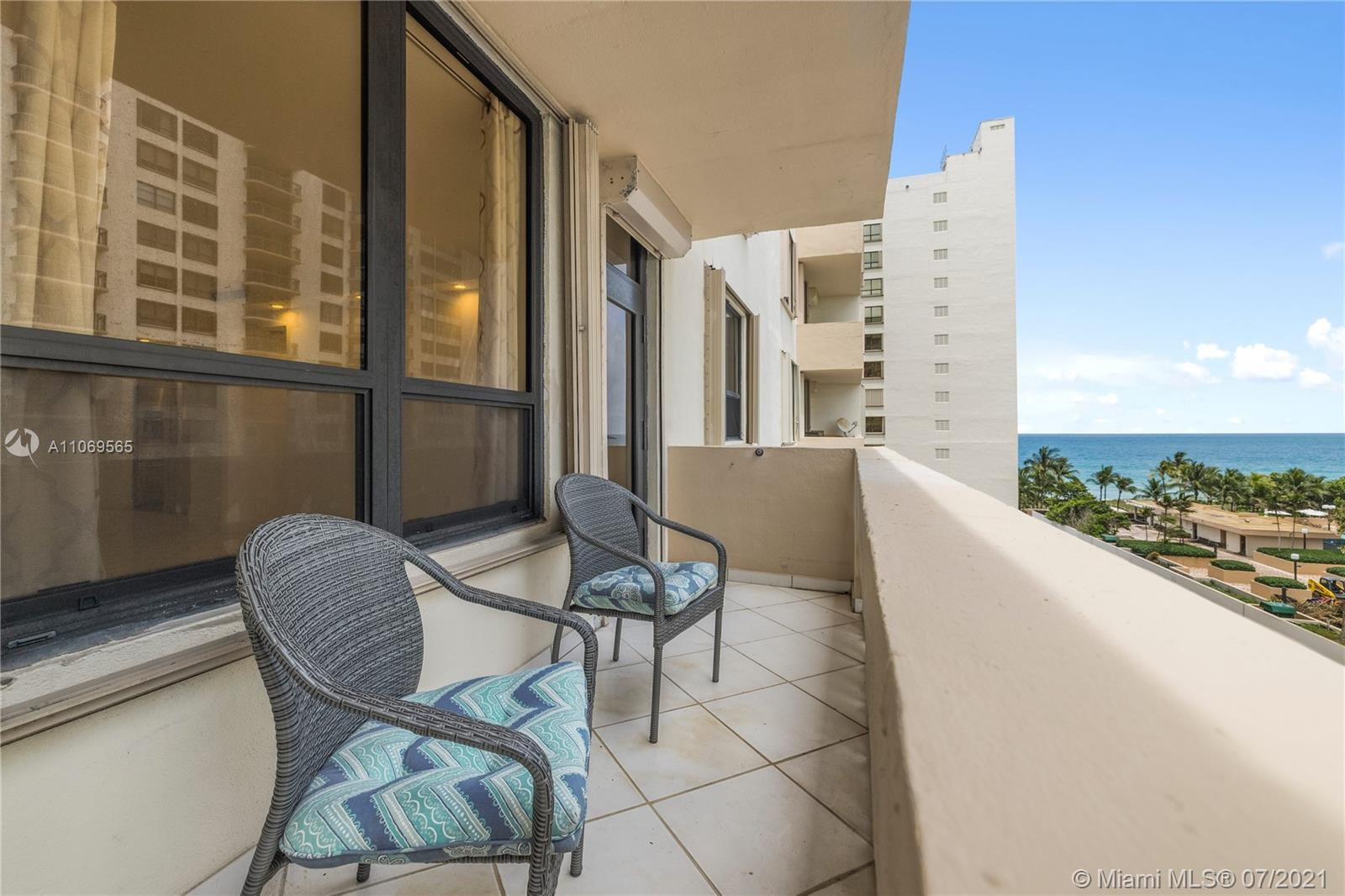 The Plaza of Bal Harbour #710 - 01 - photo