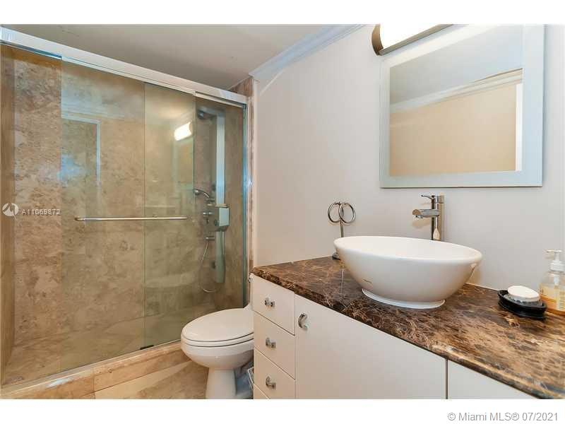 5151 Collins Ave #720 photo017