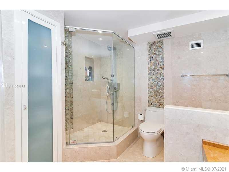 5151 Collins Ave #720 photo012