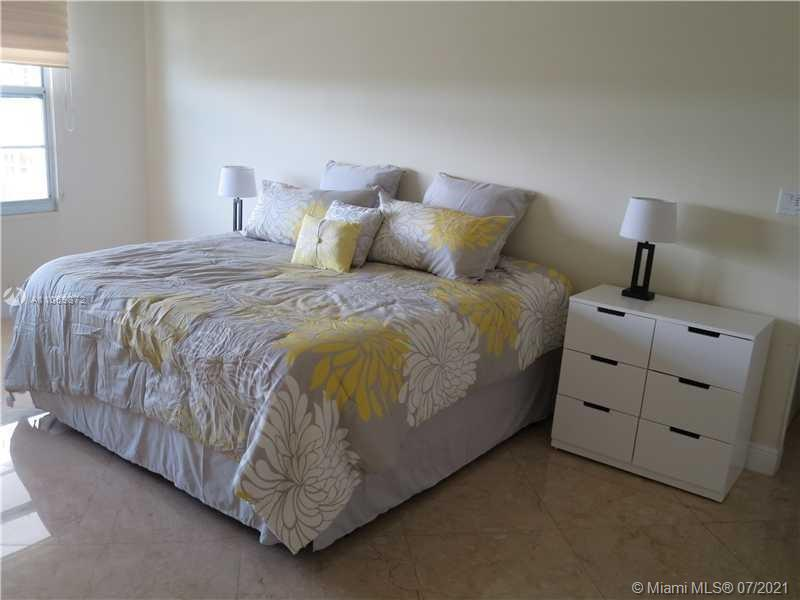 5151 Collins Ave #720 photo010