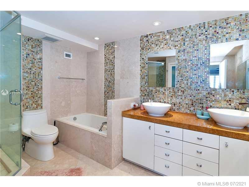 5151 Collins Ave #720 photo014