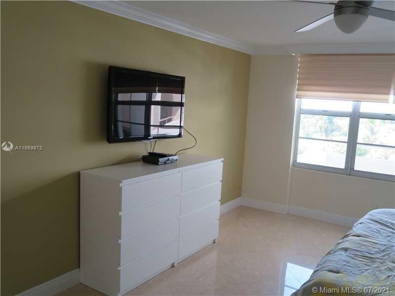 5151 Collins Ave #720 photo011