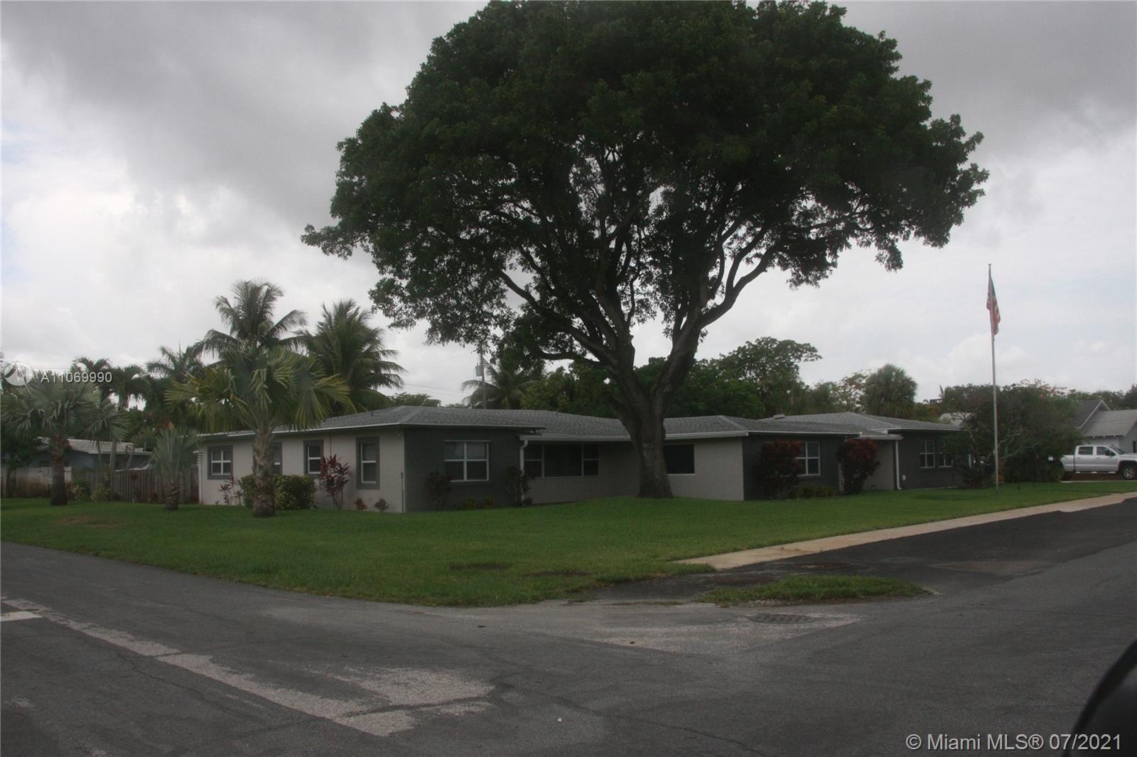 Main property image for  914 NE 2nd St
