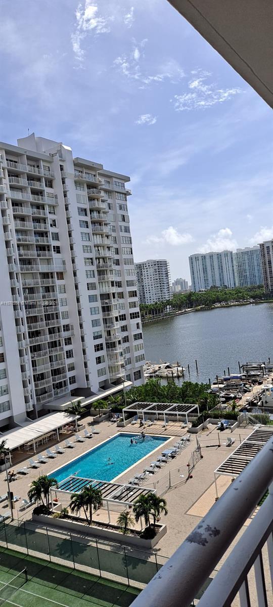 Del Prado #901 - 18041 Biscayne Blvd #901, Aventura, FL 33160