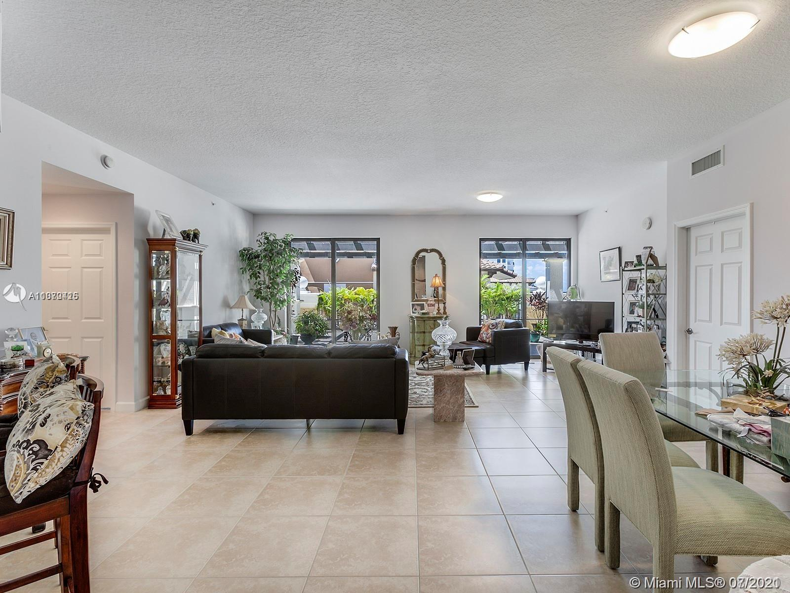 8390 SW 72nd Ave #610 photo02