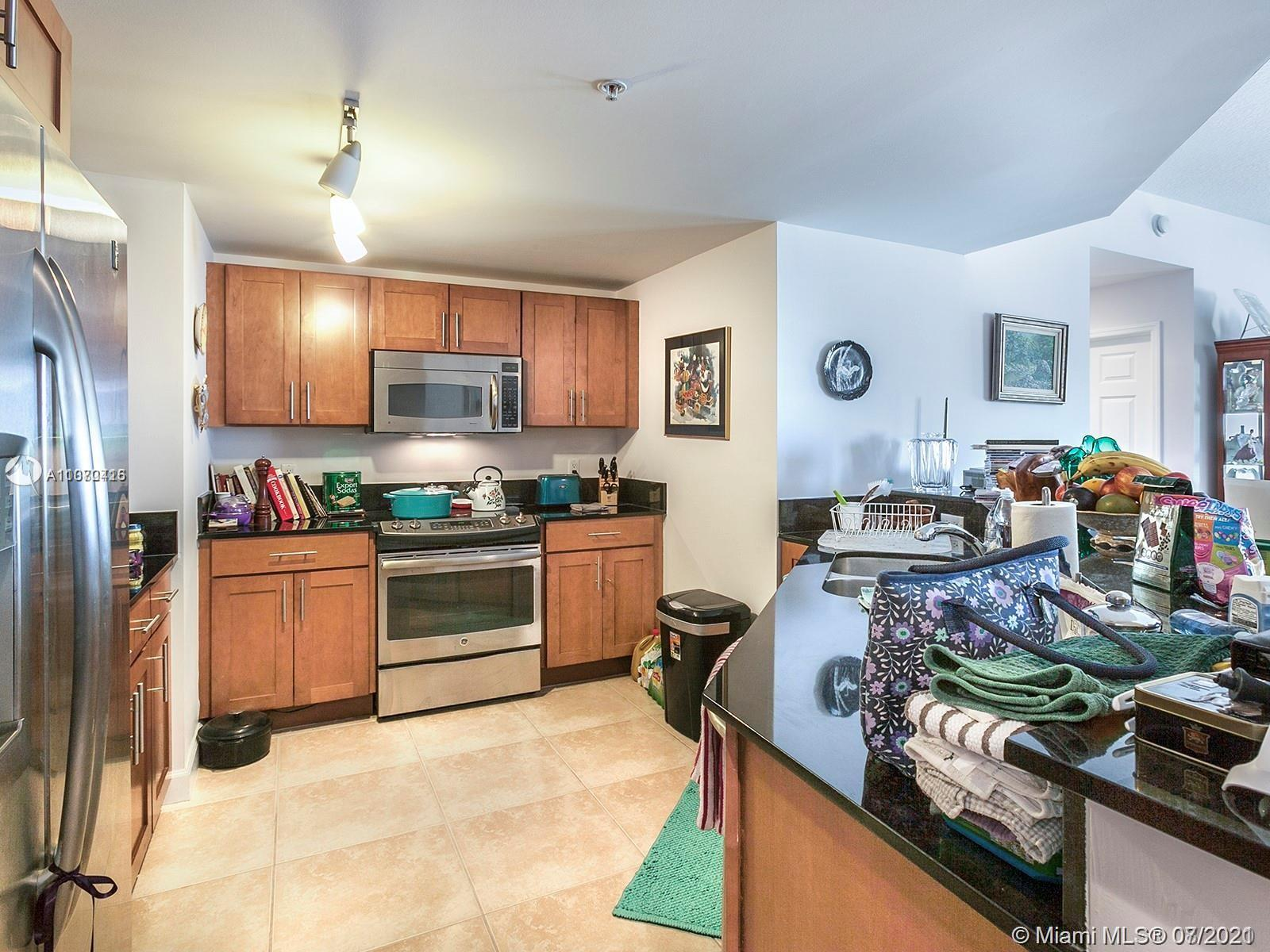 8390 SW 72nd Ave #610 photo06
