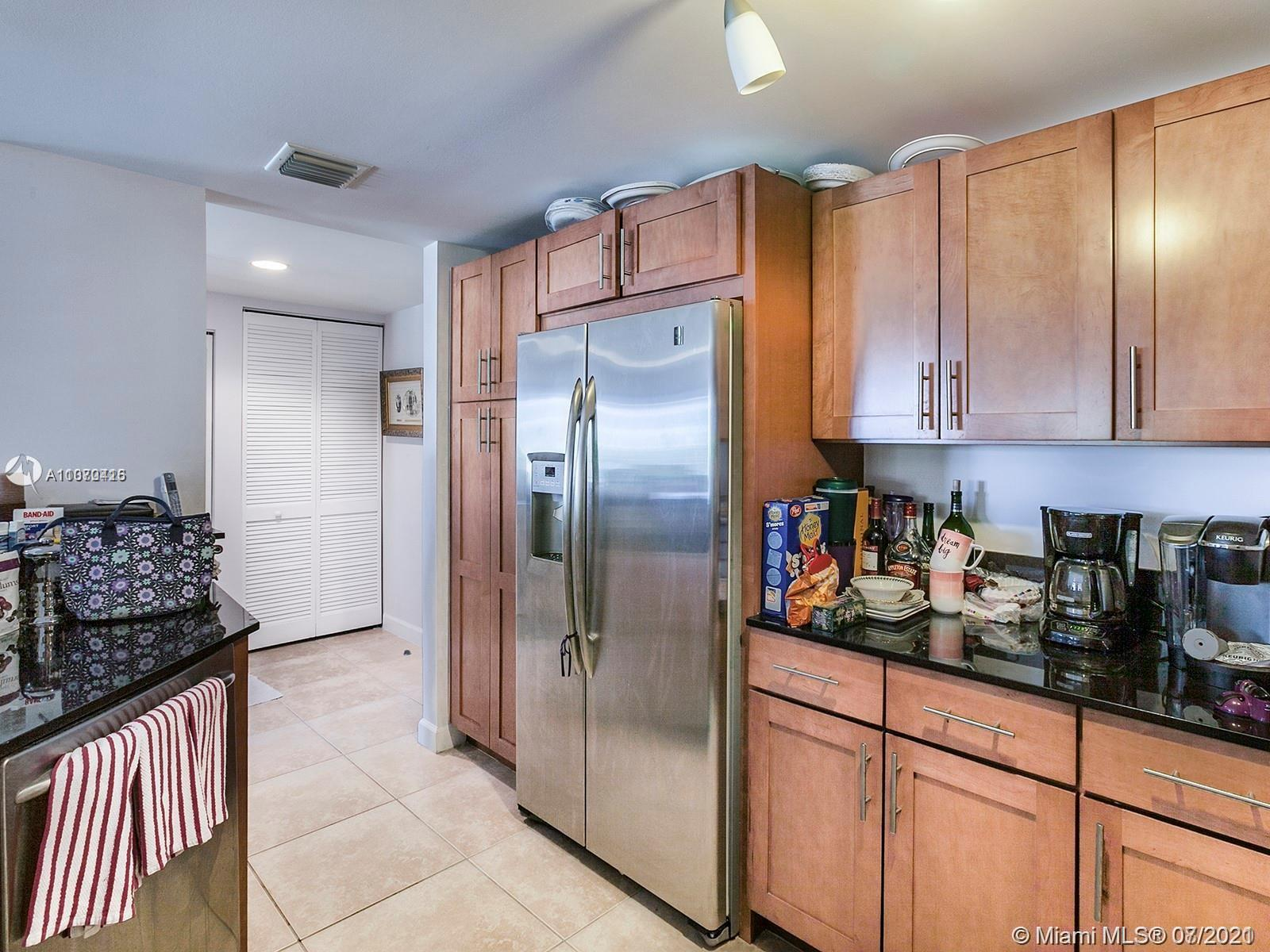 8390 SW 72nd Ave #610 photo07