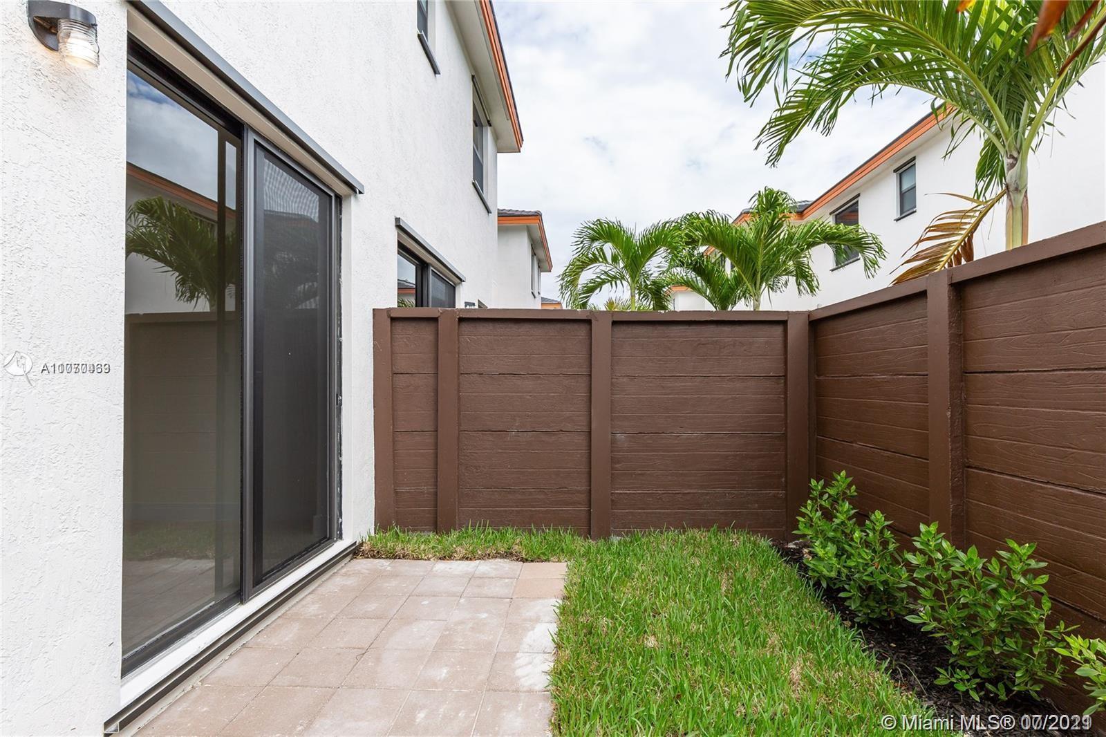 Miami Lakes #15823 - 05 - photo
