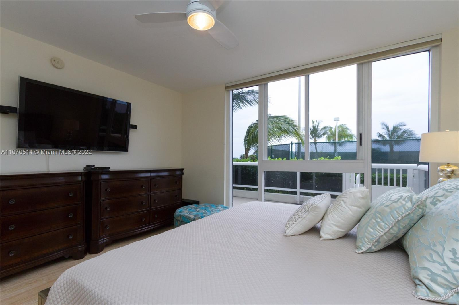 4775 Collins Ave #505 photo027