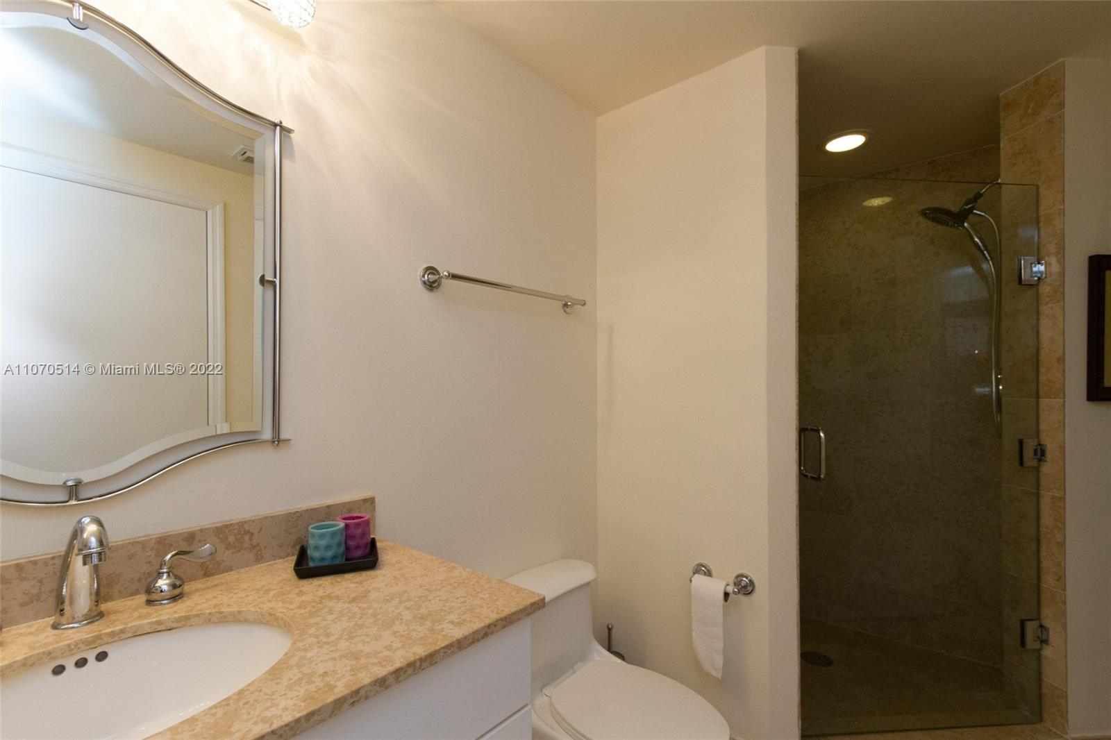 4775 Collins Ave #505 photo022
