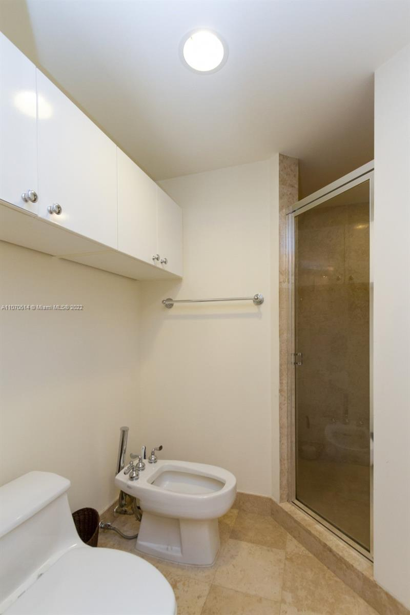 4775 Collins Ave #505 photo028