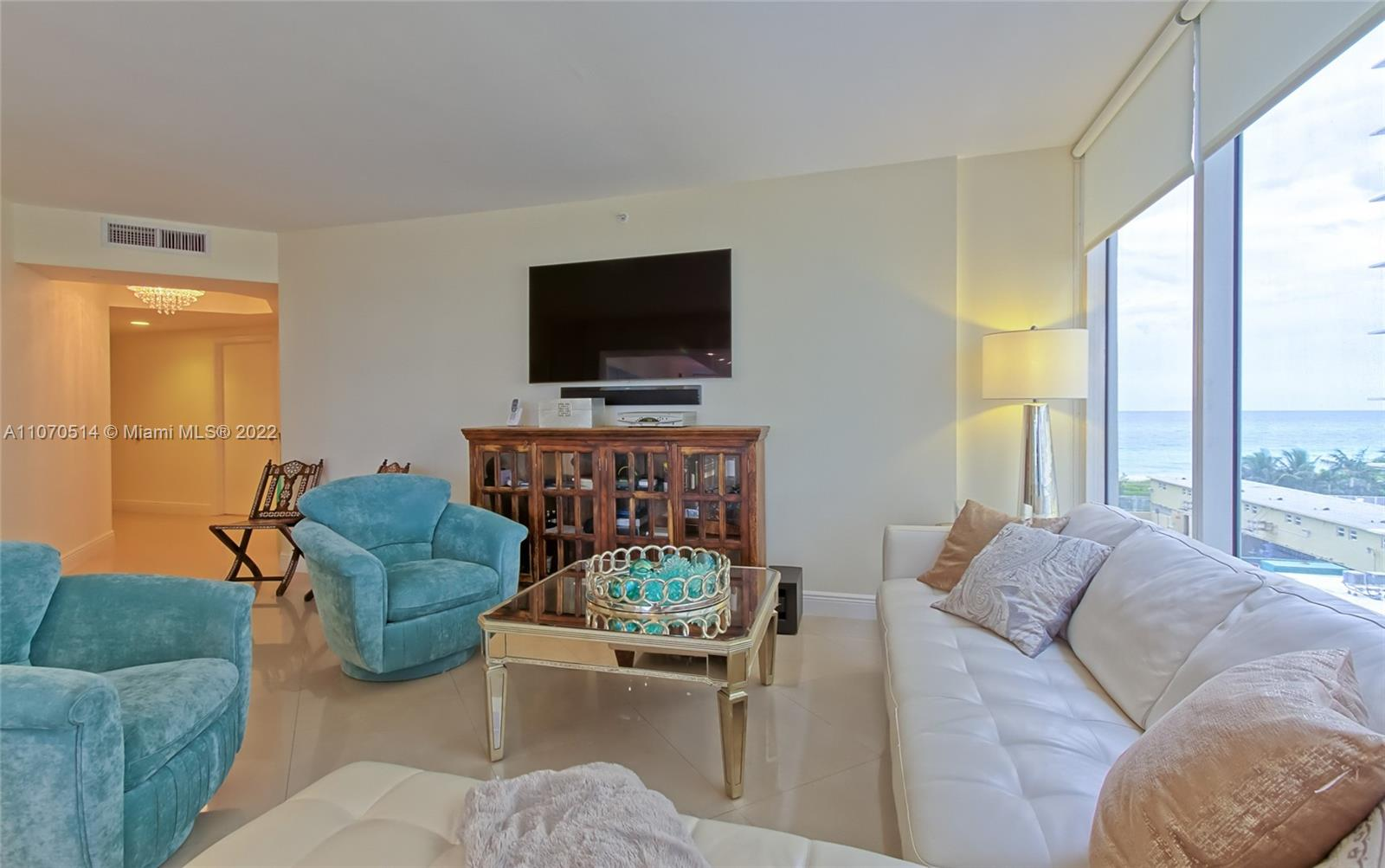 4775 Collins Ave #505 photo010