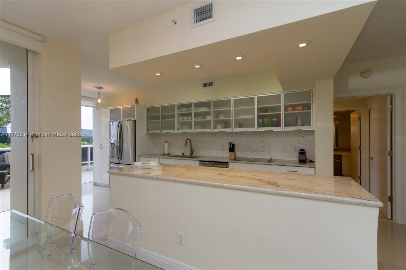 4775 Collins Ave #505 photo014