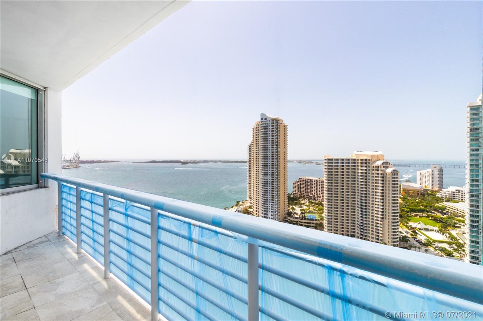 One Miami #3207 - 06 - photo