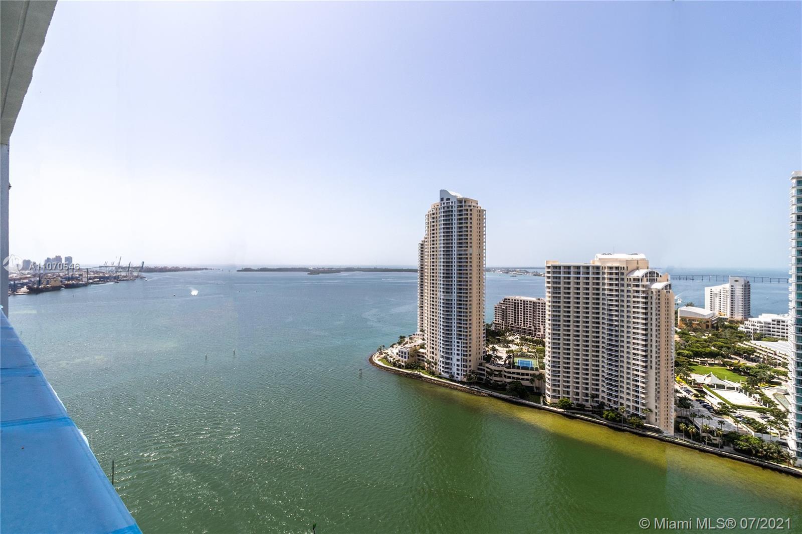 One Miami #3207 - 07 - photo