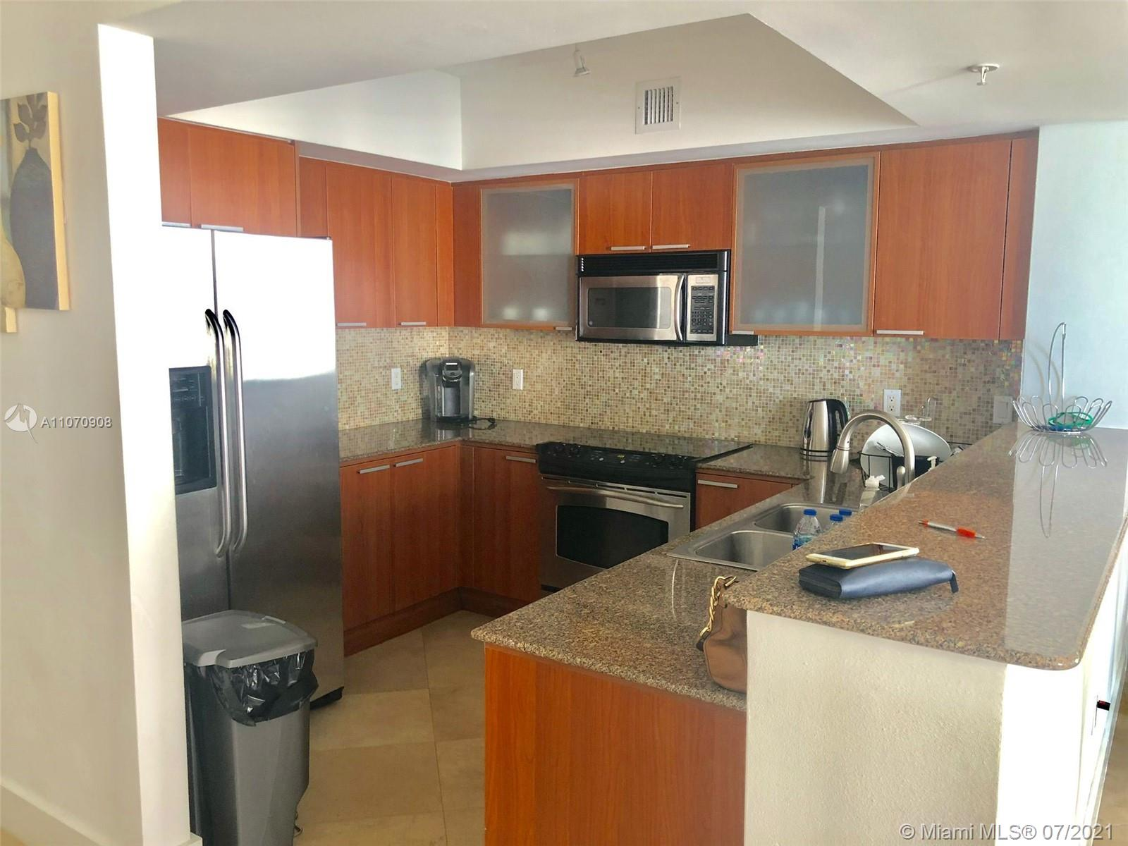 16699 Collins Ave #1807 photo05