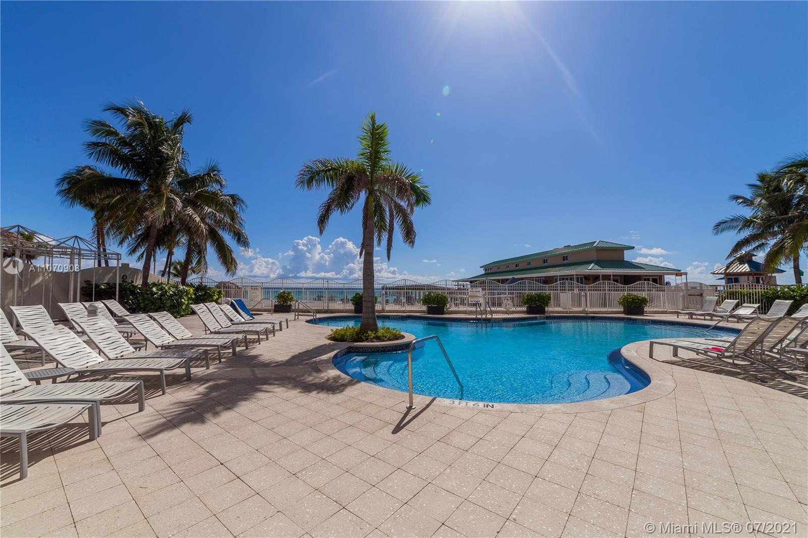 16699 Collins Ave #1807 photo030