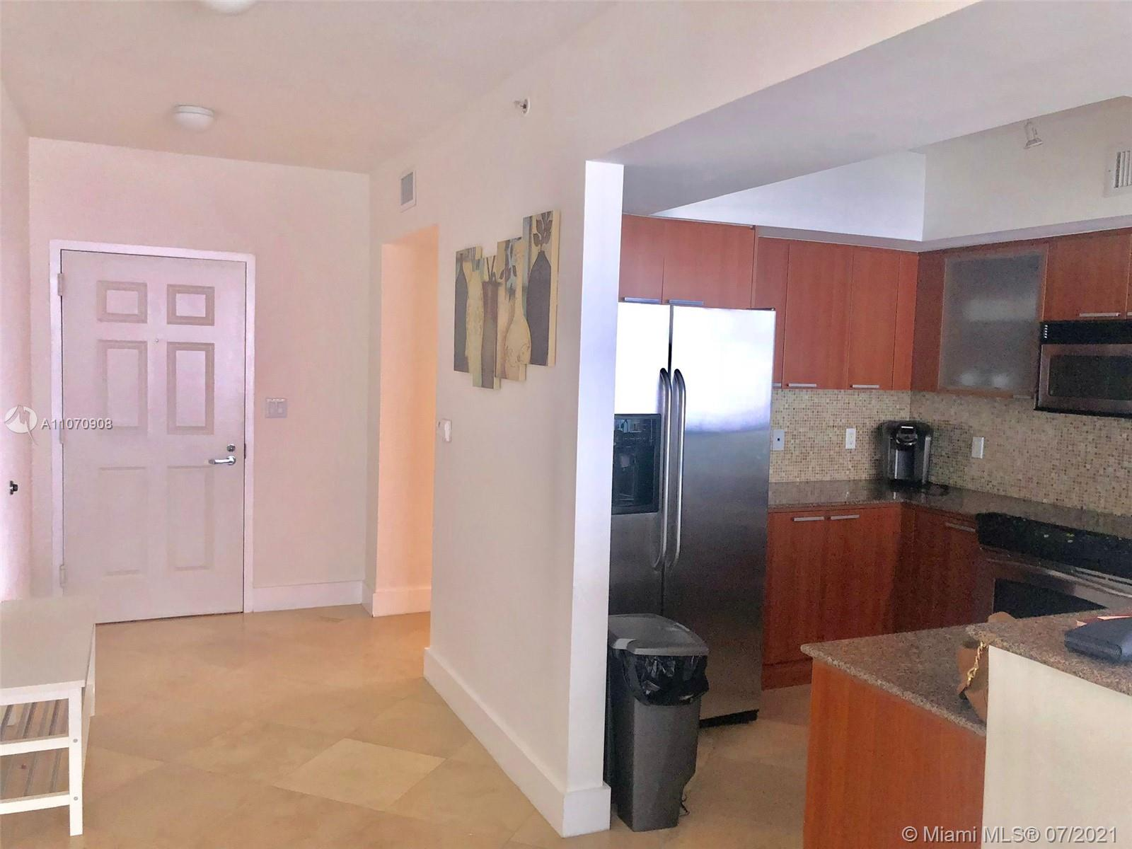 16699 Collins Ave #1807 photo04