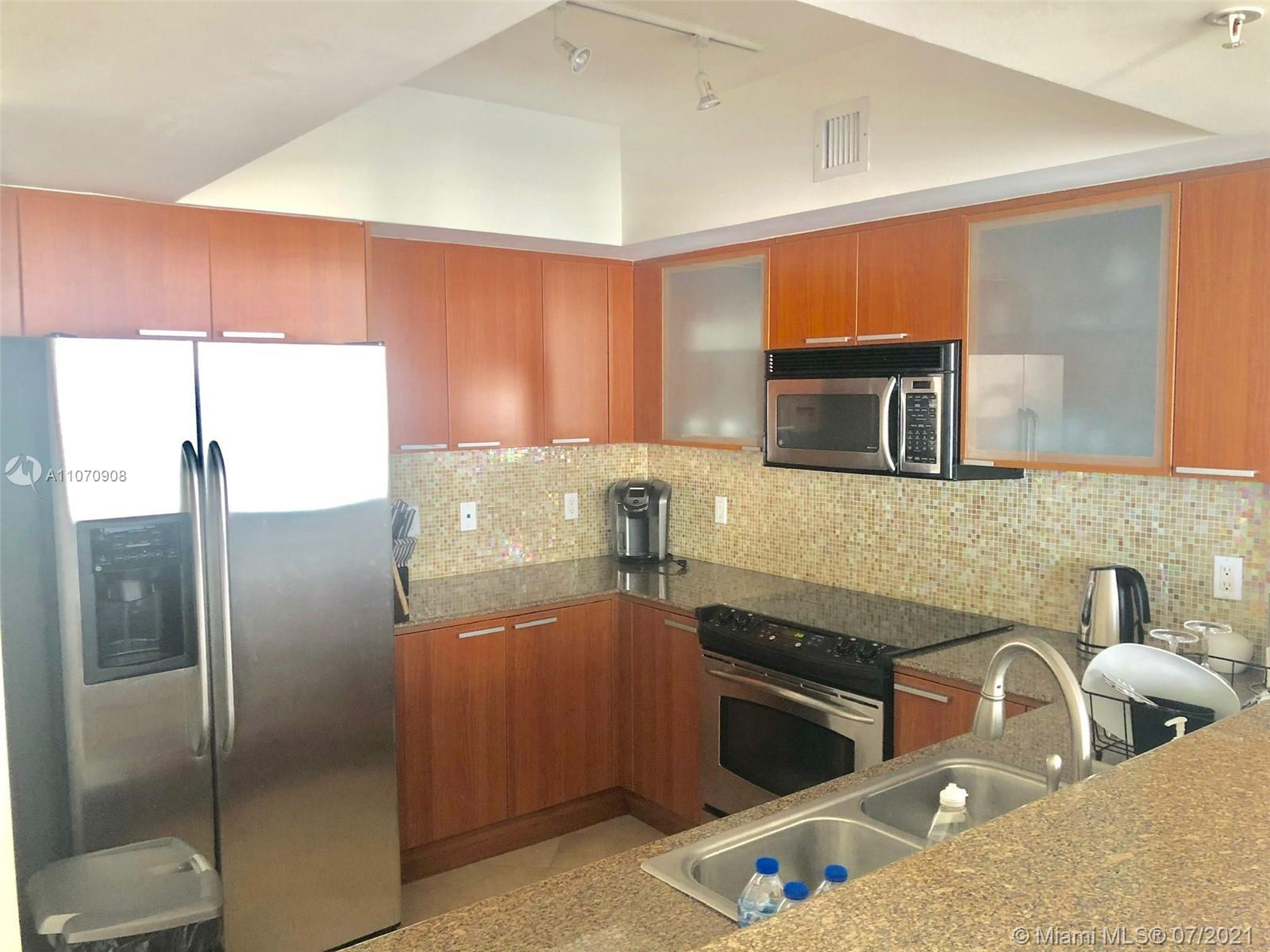 16699 Collins Ave #1807 photo08