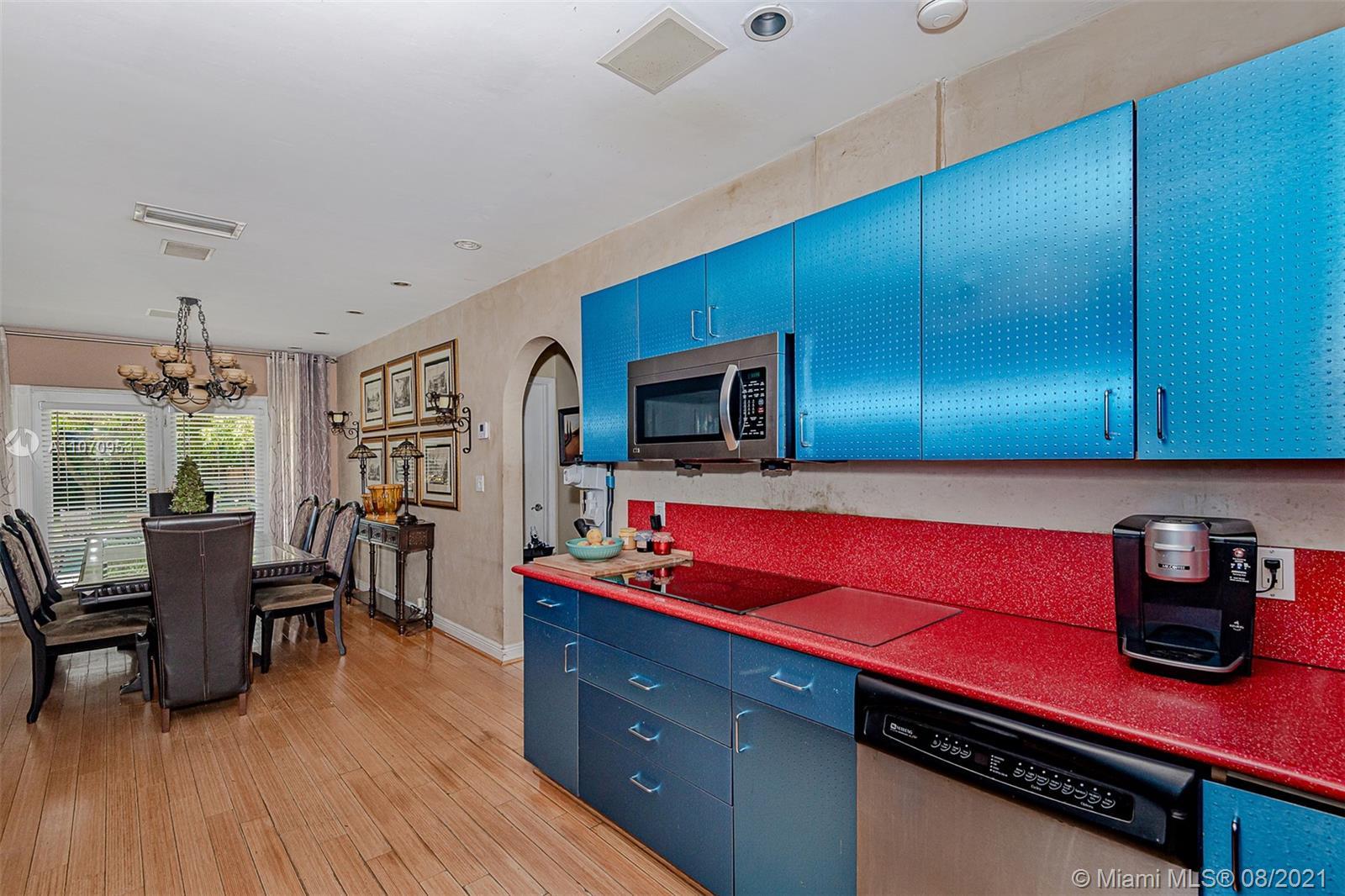 10050 N Miami Ave photo02