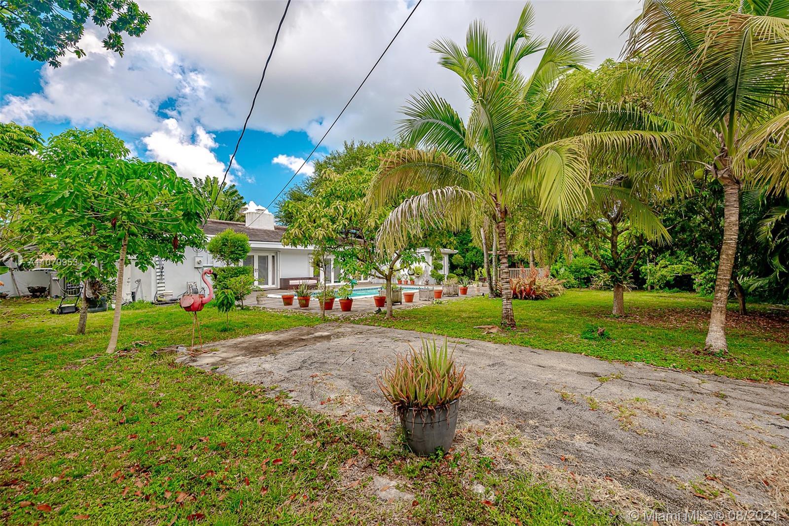 10050 N Miami Ave photo030
