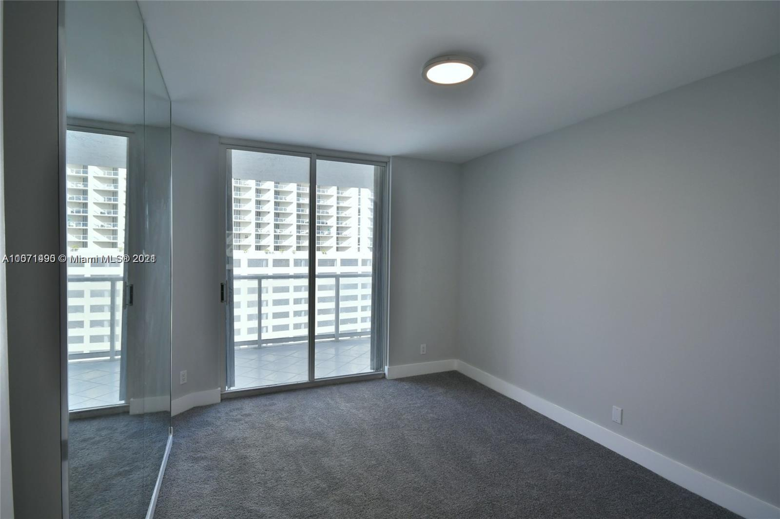 16485 Collins Ave #1034 photo011