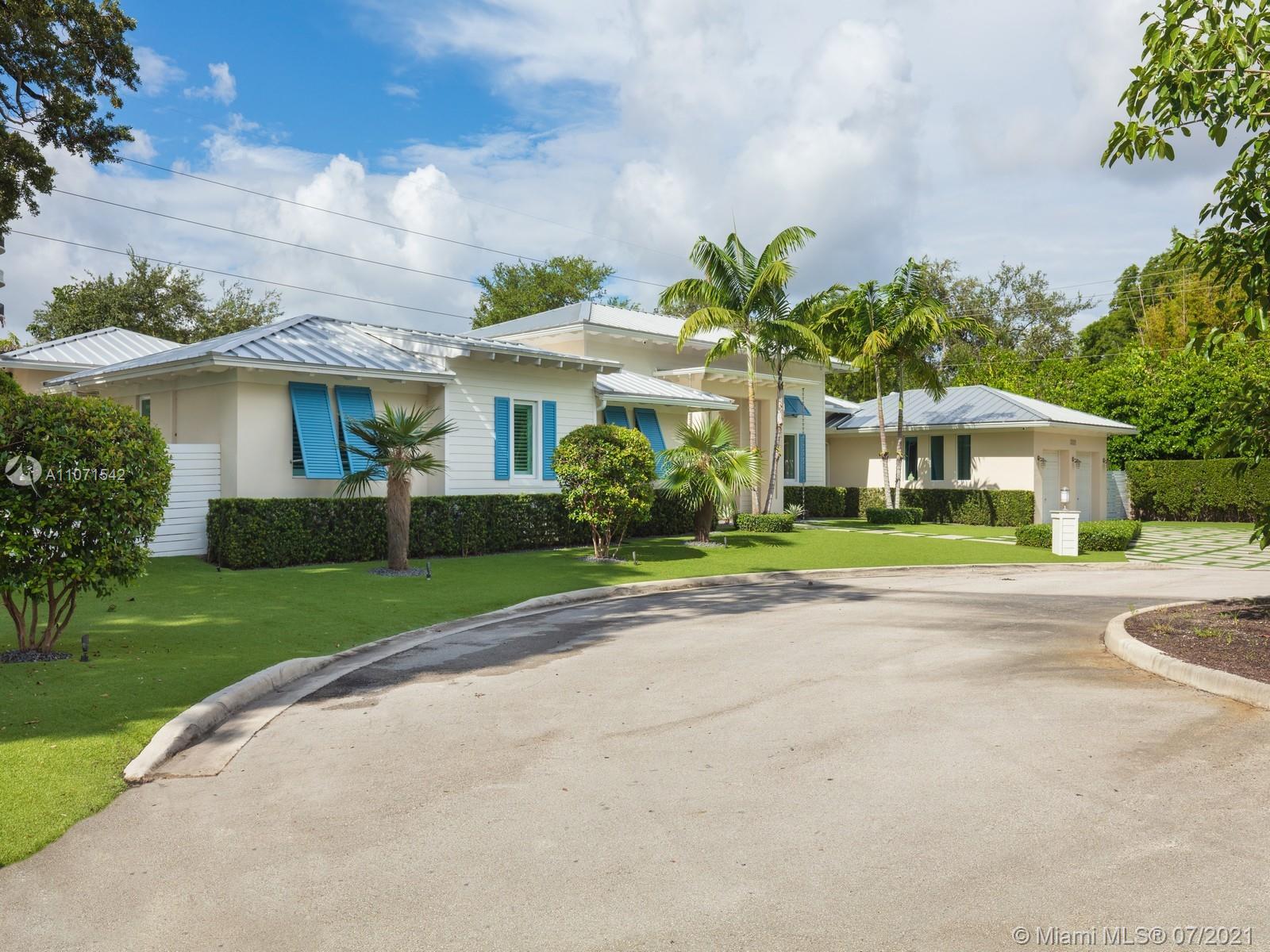 South Miami - 7222 SW 79th Ter, South Miami, FL 33143