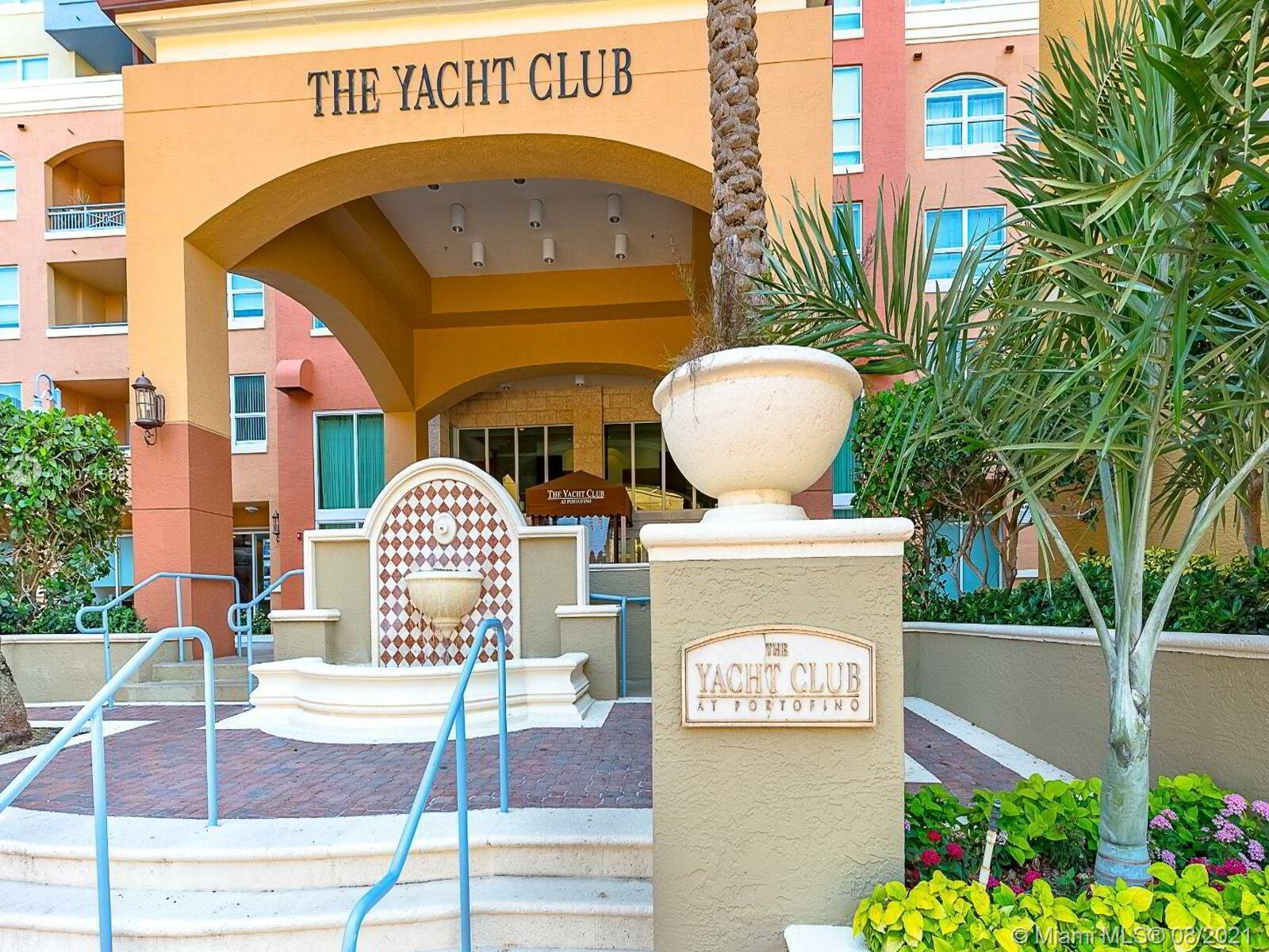 Yacht Club #2209 - 02 - photo