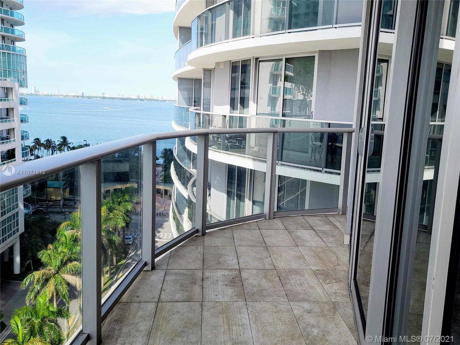 Aria on the Bay #917 - 02 - photo