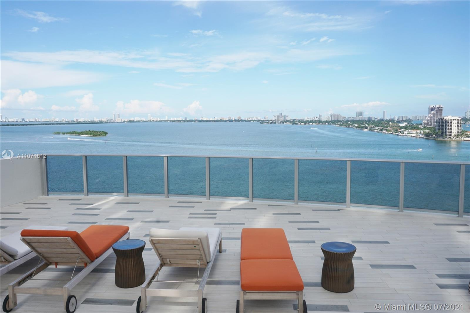 Aria on the Bay #917 - 07 - photo