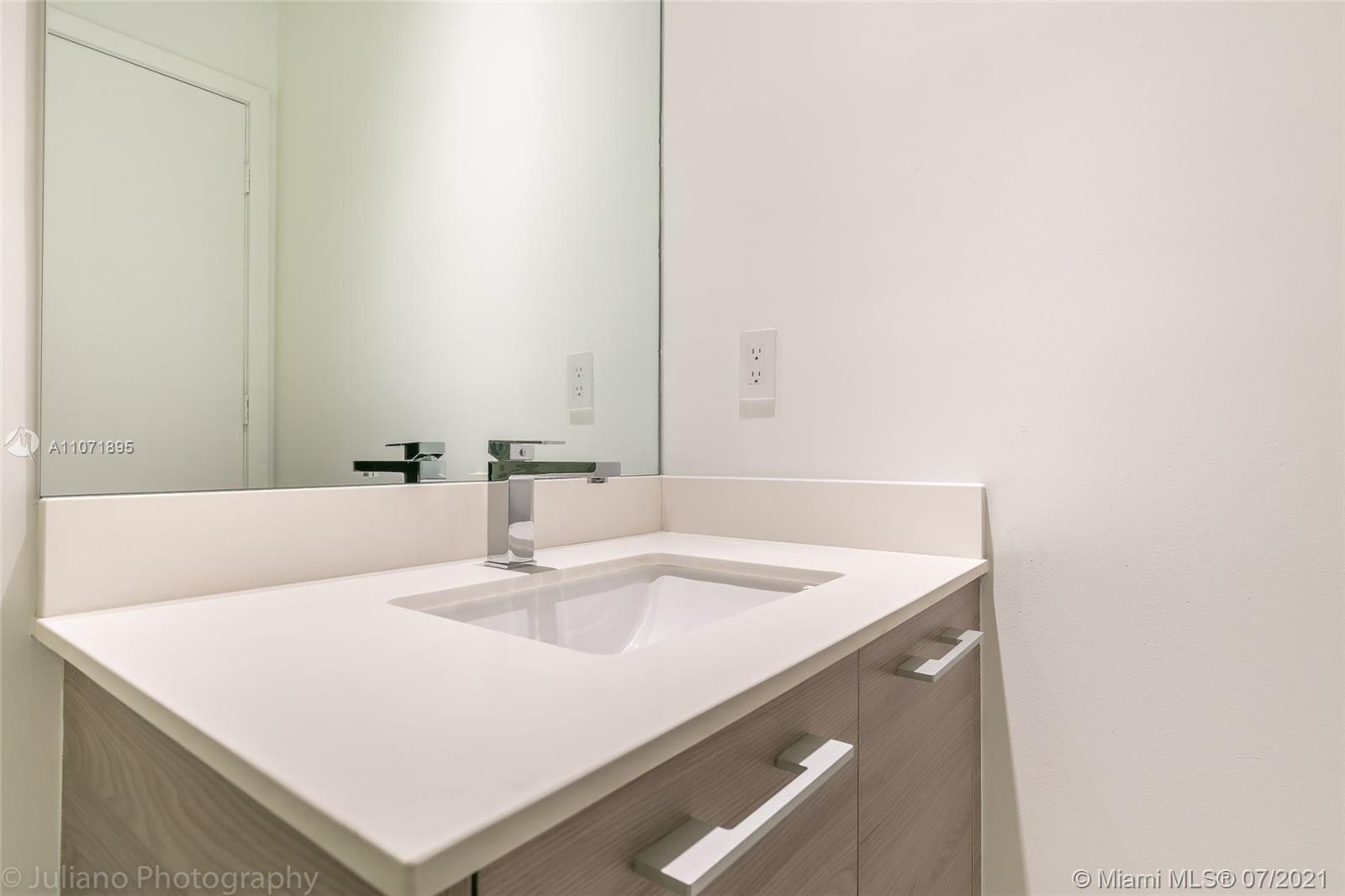 SLS Brickell #PH5101 - 24 - photo