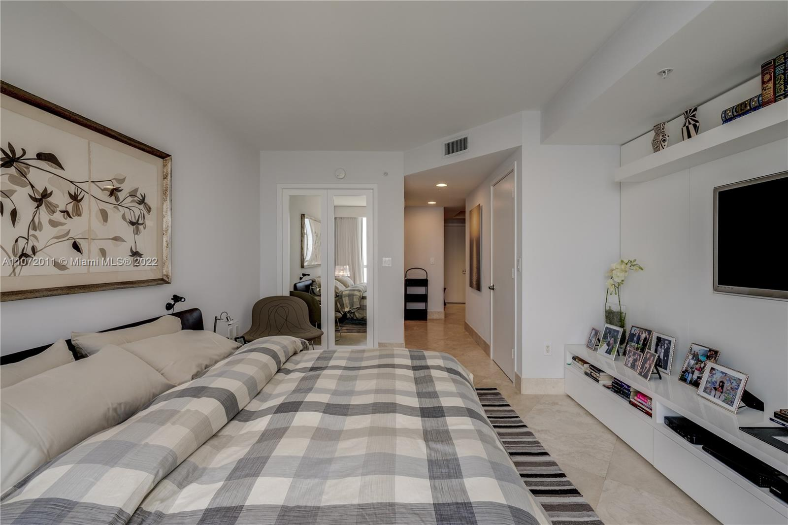 18201 Collins Ave #5306 photo013