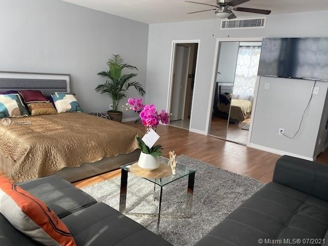 2899 Collins Ave #442 photo014
