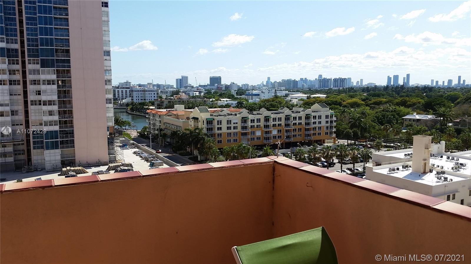 Triton Tower #1120 - 2899 Collins Ave #1120, Miami Beach, FL 33140